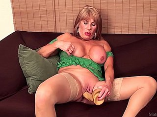 Rae Hart grown-up & successful dildo FullHD