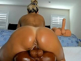 Thick pawg milf cam sucking riding squirting  out of reach of dildo bbc